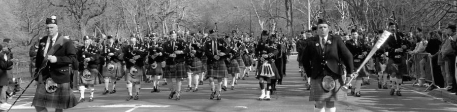 Pipers in New York in 2002 | By McAteer Photo
